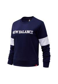 New Balance WT13807PGM. Materiał: bawełna, tkanina. Wzór: napisy, paski. Styl: klasyczny