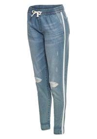 """Dżinsy BAGGY z elastycznym paskiem z wiązanym troczkiem bonprix niebieski """"bleached"""". Kolor: niebieski. Materiał: materiał, bawełna, elastan"""