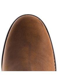 Brązowe botki Clarks na średnim obcasie, na obcasie, z cholewką, na zimę