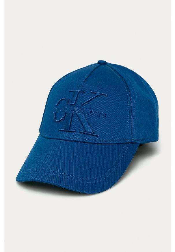Niebieska czapka z daszkiem Calvin Klein Jeans