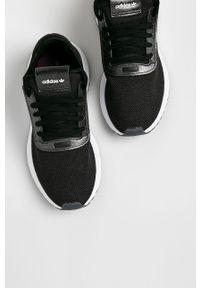 Czarne buty sportowe adidas Originals z cholewką, z okrągłym noskiem, na sznurówki