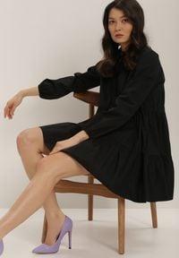 Renee - Czarna Sukienka Hazestrike. Kolor: czarny