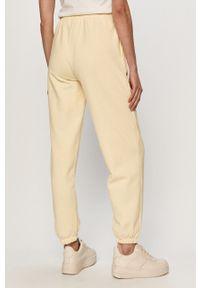 only - Only - Spodnie. Kolor: żółty. Materiał: bawełna