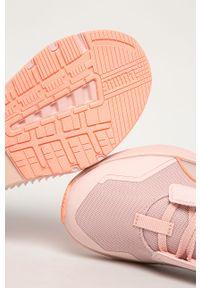 Różowe buty sportowe Puma z cholewką, na sznurówki, na obcasie, na średnim obcasie