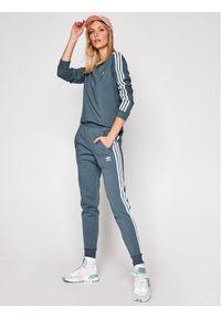 Adidas - adidas Bluzka adicolor Classics GN2959 Szary Regular Fit. Kolor: szary