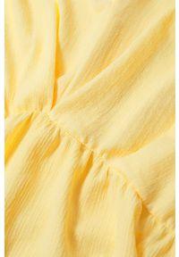 mango - Mango - Kombinezon NATALIE. Okazja: na co dzień. Kolor: żółty. Materiał: materiał. Długość rękawa: krótki rękaw. Długość: krótkie. Styl: casual