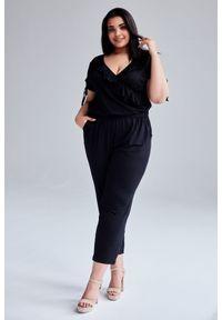 Czarny kombinezon Moda Size Plus Iwanek na lato, krótki, plus size