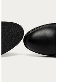 Czarne botki Answear Lab na zamek, z okrągłym noskiem, bez obcasa