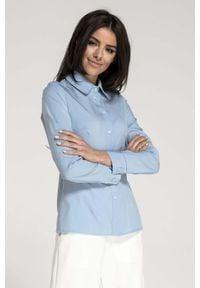 Nommo - Błękitna Taliowana Koszula Damska. Kolor: niebieski. Materiał: wiskoza, poliester. Wzór: kwiaty
