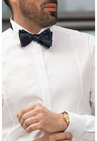 VEVA - Męska Koszula z Plisowaniami Kołnierz Pod Muchę. Kolor: biały. Materiał: materiał, bawełna. Długość rękawa: długi rękaw. Długość: długie. Styl: elegancki