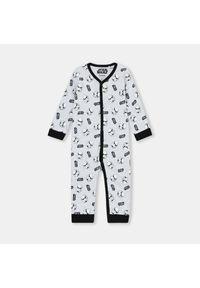 Szara piżama Sinsay z motywem z bajki