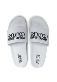Versace Jeans Couture Klapki E0VWASQ2 Biały. Kolor: biały