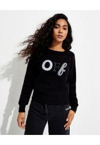 OFF-WHITE - Czarny sweter z logo. Kolor: czarny. Materiał: materiał. Długość rękawa: długi rękaw. Długość: długie. Wzór: aplikacja