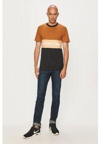 Brązowy t-shirt DC na co dzień, casualowy, z nadrukiem