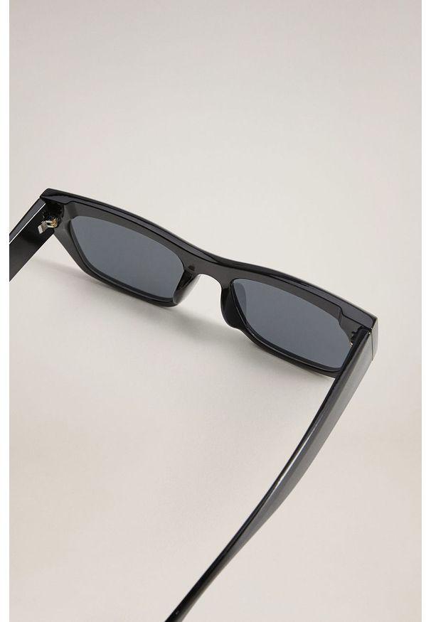 Czarne okulary przeciwsłoneczne mango prostokątne