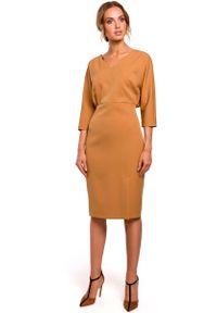 MOE - Cynamonowa Sukienka Oversize z Ołówkowym Dołem. Kolor: brązowy. Materiał: poliester, elastan. Typ sukienki: oversize, ołówkowe