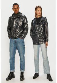 Rains - Kurtka przeciwdeszczowa 1843 Ultralight Jacket. Okazja: na co dzień. Kolor: czarny. Materiał: materiał. Wzór: gładki. Styl: casual