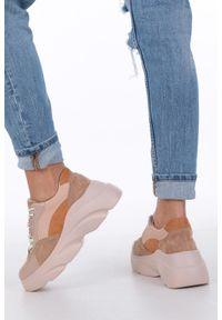 Casu - Camelowe buty sportowe sneakersy sznurowane casu. Materiał: skóra ekologiczna, materiał. Szerokość cholewki: normalna. Sezon: wiosna, lato