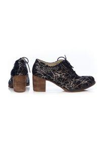 Zapato - sznurowane półbuty na 6 cm słupku - skóra naturalna - model 251 - kolor srebrny wzór. Kolor: srebrny. Materiał: skóra. Obcas: na słupku