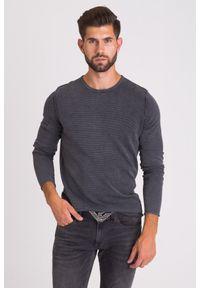 JOOP! Jeans - CIEMNOSZARY SWETER JOOP! JEANS. Kolor: szary. Materiał: guma. Wzór: aplikacja. Styl: klasyczny