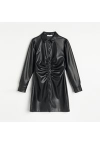 Czarna sukienka Reserved koszulowa