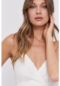 TwinSet - Twinset - Sukienka. Kolor: biały. Materiał: tkanina, koronka. Wzór: gładki. Typ sukienki: rozkloszowane