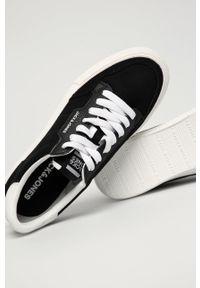 Jack & Jones - Tenisówki. Nosek buta: okrągły. Zapięcie: sznurówki. Kolor: czarny. Materiał: guma