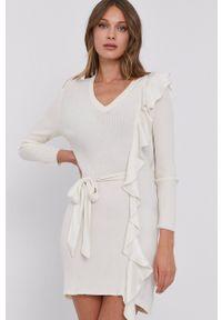 TwinSet - Twinset - Sukienka. Kolor: beżowy. Materiał: tkanina, dzianina. Długość rękawa: długi rękaw. Wzór: gładki. Typ sukienki: dopasowane