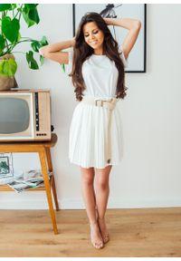 Biała spódnica Fanaberia.com w kolorowe wzory