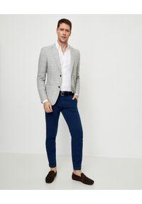 FAY - Szara marynarka w kratę. Okazja: na co dzień. Kolor: szary. Materiał: jeans, materiał. Długość rękawa: długi rękaw. Długość: długie. Wzór: aplikacja. Styl: sportowy, klasyczny, casual
