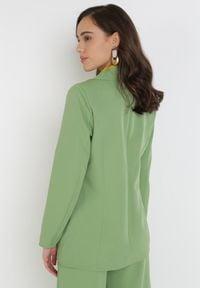 Born2be - Jasnozielona Marynarka Praxesi. Kolor: zielony. Materiał: jeans. Długość rękawa: długi rękaw. Długość: długie