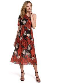 MOE - Rozkloszowana Koronkowa Sukienka na Jedno Ramię. Materiał: koronka