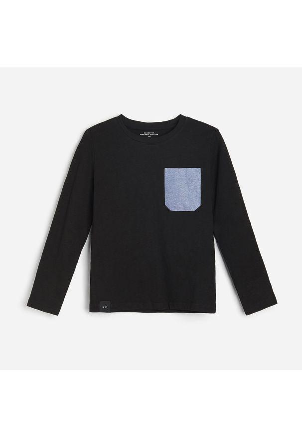 Czarna koszulka z długim rękawem Reserved