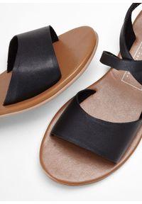 Czarne sandały bonprix