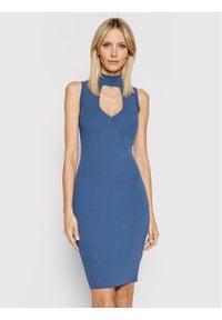 Guess Sukienka dzianinowa W1YK90 Z2DC0 Granatowy Slim Fit. Kolor: niebieski. Materiał: dzianina