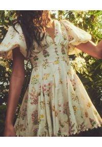 HEMANT & NANDITA - Sukienka mini z bufiastymi rękawami. Typ kołnierza: dekolt gorset. Kolor: zielony. Materiał: len. Wzór: kwiaty. Typ sukienki: gorsetowe. Styl: wakacyjny. Długość: mini