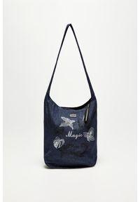 Niebieska torebka MOODO z napisami