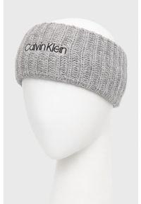Calvin Klein - Opaska z domieszką wełny. Kolor: szary. Materiał: wełna