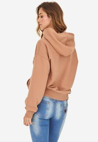 Born2be - Jasnobrązowa Bluza Badura Feanise. Okazja: na co dzień. Kolor: brązowy. Materiał: bawełna, materiał, poliester. Długość rękawa: długi rękaw. Długość: długie. Wzór: haft. Styl: casual