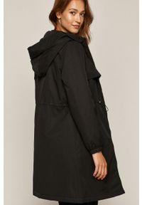 Czarny płaszcz medicine z kapturem