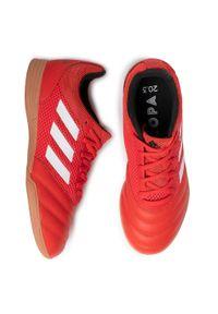 Czerwone buty do piłki nożnej Adidas z cholewką
