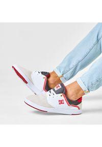 Beżowe sneakersy DC na co dzień, z cholewką