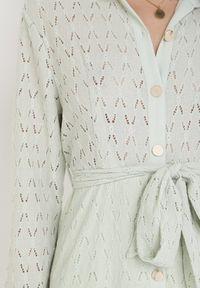 Born2be - Miętowa Sukienka Aqiarial. Kolor: miętowy. Materiał: koronka, materiał. Długość rękawa: długi rękaw. Wzór: koronka, ażurowy. Typ sukienki: rozkloszowane. Długość: maxi