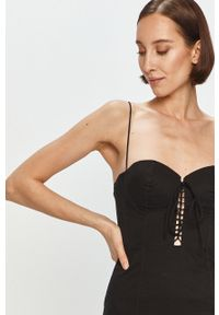 Czarna sukienka Pepe Jeans gładkie, mini, dopasowana, na ramiączkach