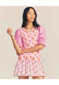 LOVE SHACK FANCY - Różowa sukienka Luppa. Kolor: różowy, wielokolorowy, fioletowy. Materiał: bawełna. Wzór: nadruk, kwiaty, aplikacja, kolorowy. Styl: klasyczny. Długość: mini