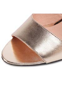 Złote sandały Libero