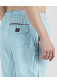 PAUL & SHARK - Błękitne szorty z haftowanym logo. Kolor: niebieski. Wzór: haft. Styl: wakacyjny