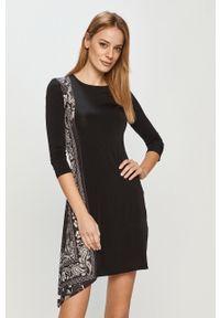 Czarna sukienka Desigual prosta, mini, na co dzień, casualowa