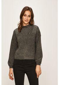 Szary sweter only z aplikacjami