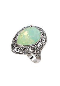 Polcarat Design - Srebrny pierścionek z kryształem Swarovski PK 2087. Materiał: srebrne. Kolor: srebrny. Wzór: aplikacja. Kamień szlachetny: kryształ